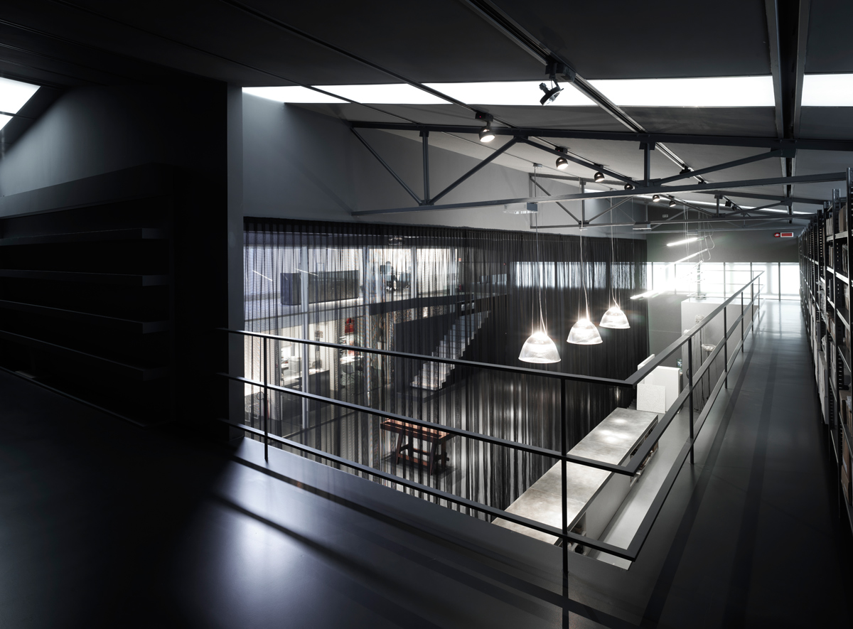 Showroom zr claudio nardi architects